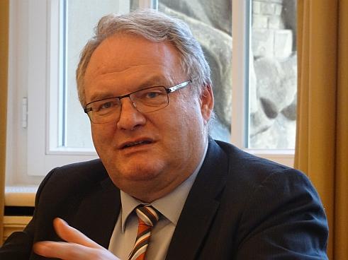 """Betriebsschließungs-Versicherung: Juristischer """"Häuserkampf"""" - VersicherungsJournal Deutschland"""