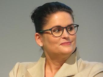 Julia Barbara Ries (Bild: Schmidt-Kasparek)