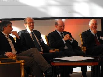 V.l.n.r.: Sven Giegold, Marcus Nagel, Markus Rieß und Walter Tesarczyk (Bild: Lier)